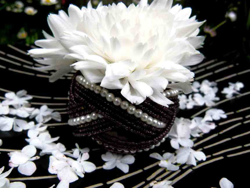 White Chrysanthemum with bracelet low res