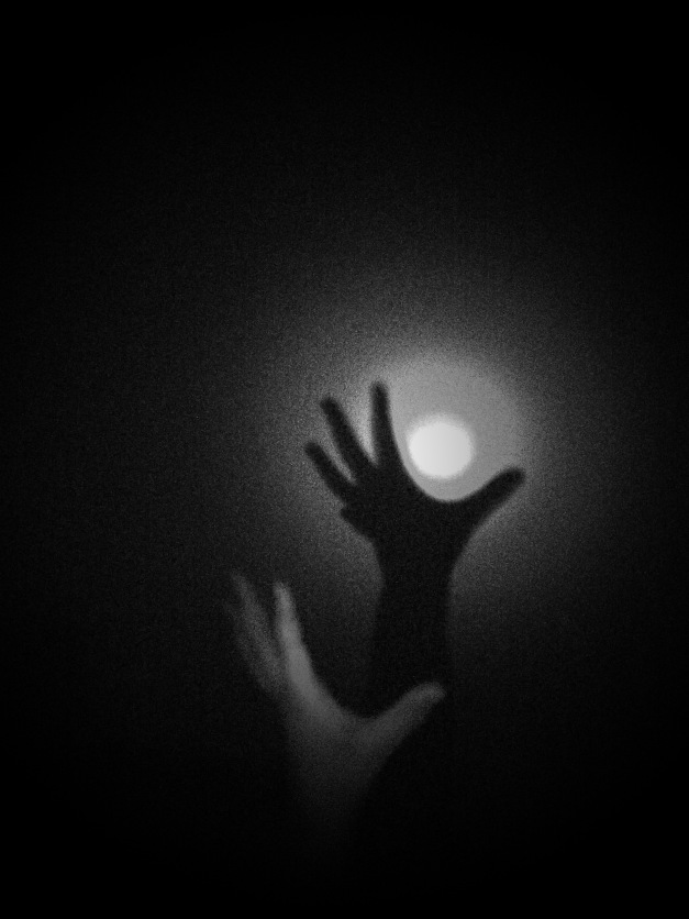 shadow hand light